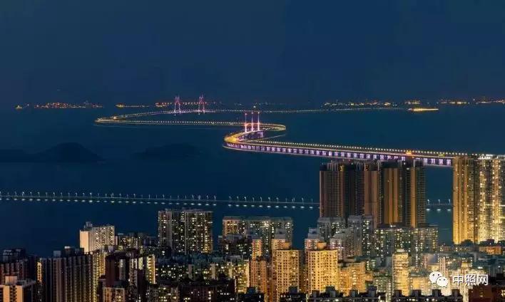 港珠澳大桥正式开通 照明科技全线解密