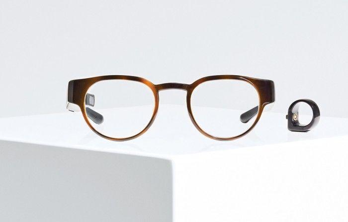 North Focals智能眼镜问世 售价999美元