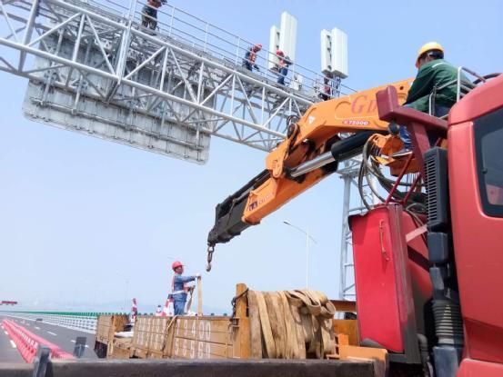 港珠澳大桥4G全覆盖 40米海底隧道信号依然满格