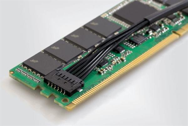 英睿达首次发布非易失内存:单条32GB 掉电自动备份