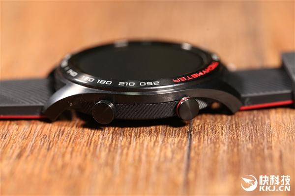 1.2英寸AMOLED屏!荣耀手表首发开箱:极致轻薄