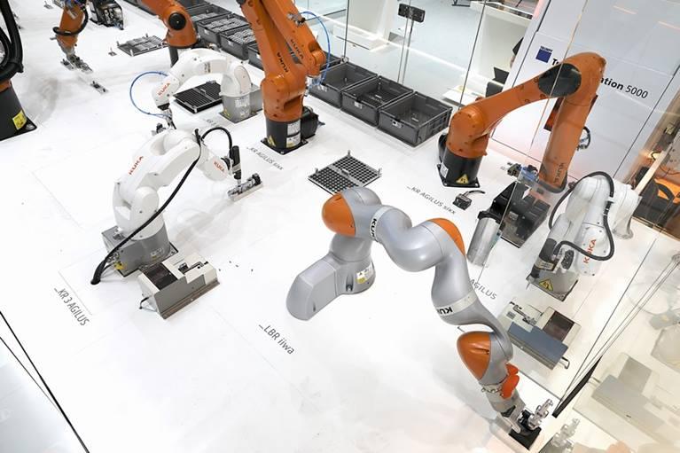 首届中国国际进口博览会今日召开  智能制造成热点