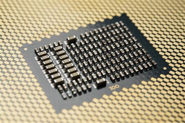 胶水封装!Intel 48核心首曝:12通道内存