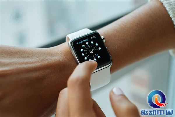 Q3全球智能手表:Fitbit重新散发活力,这值得Apple  Watch警惕吗?