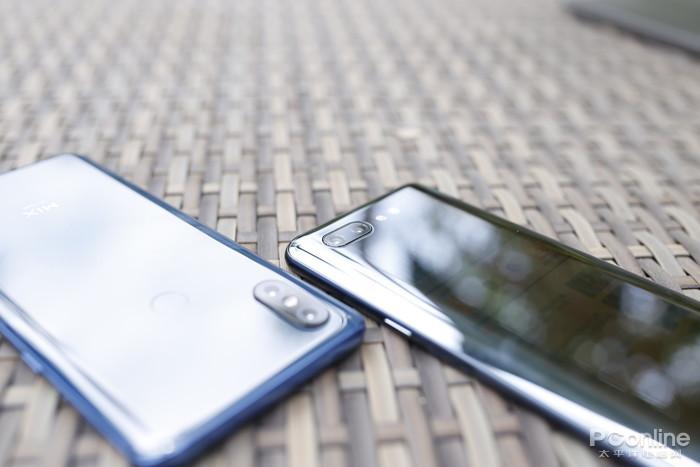 努比亚X VS 小米MIX 3:真全面屏手机的实力对抗