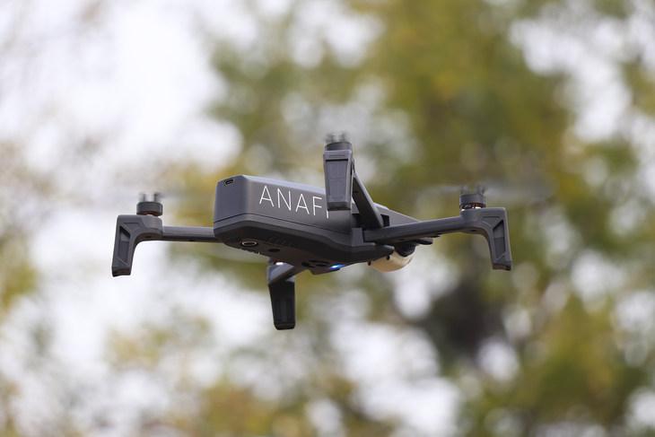 派诺特Anafi无人机上手体验:可折叠无人机新选择