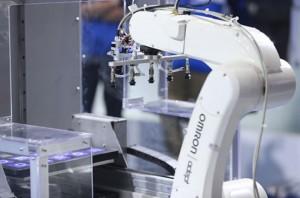 欧姆龙:深耕人机新和谐的FA解决方案 助力中国制造业智能升级