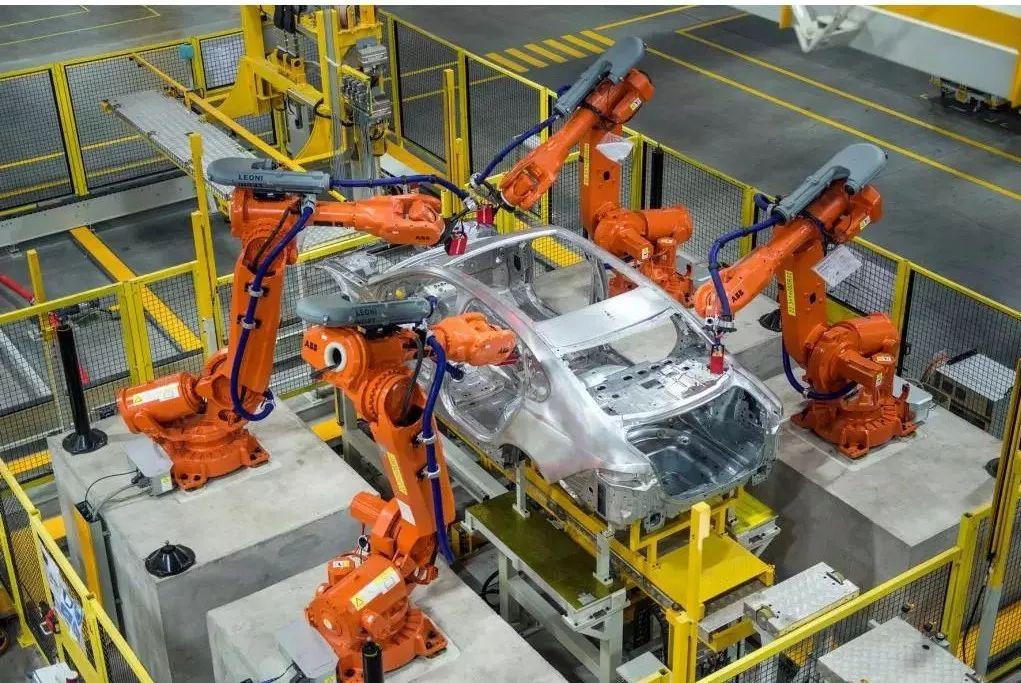疯狂的机器:机器人已操刀肿瘤手术,那中国制造的差距有多大?