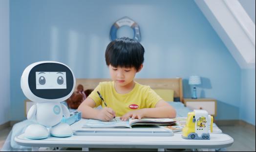 继小萌机器人火热发布后 慧昱科教再获高新企业认证