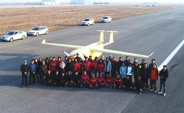 京东自研无人大飞机首飞成功:起飞重量超过吨级