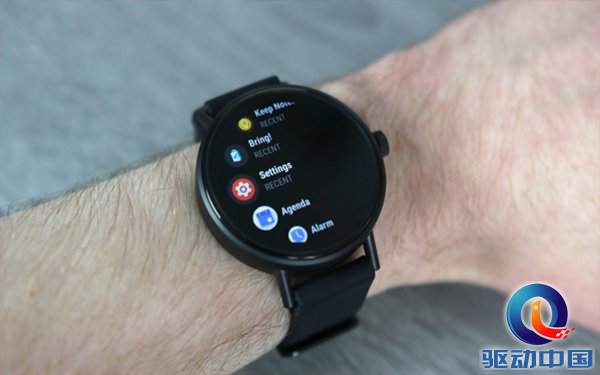 延长电池续航时间!谷歌智能手表操作系统Wear OS迎来更新