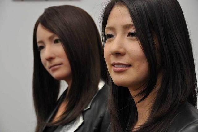 四大机器人美女 最后一款几乎与真人无异