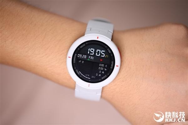 华米自曝可用智能手表玩游戏 网友:这个可以有