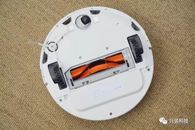 我用过最好用的扫地机器人了解一下?石头扫地机器人开箱&评测