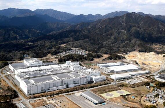 夏普日本工厂大裁员 iPhone 3D传感器生产转至富士康中国工厂