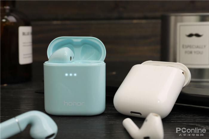 荣耀FlyPods Pro对决AirPods:国产耳机能否正面硬杠苹果大厂?