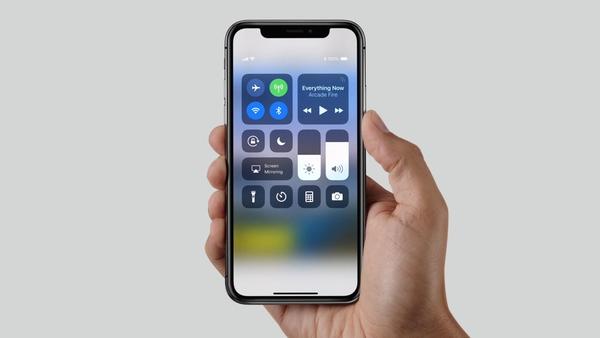 2019款iPhone曝光:新OLED屏,或用上自主基带