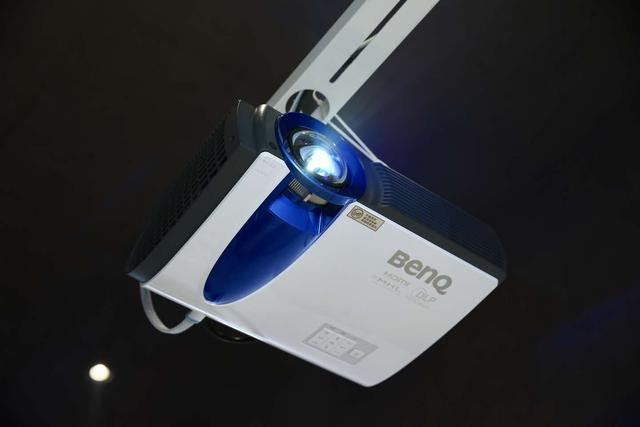 明基BenQ激光商务投影机正式发售