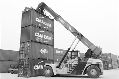 智慧物流平台加速集装箱运输