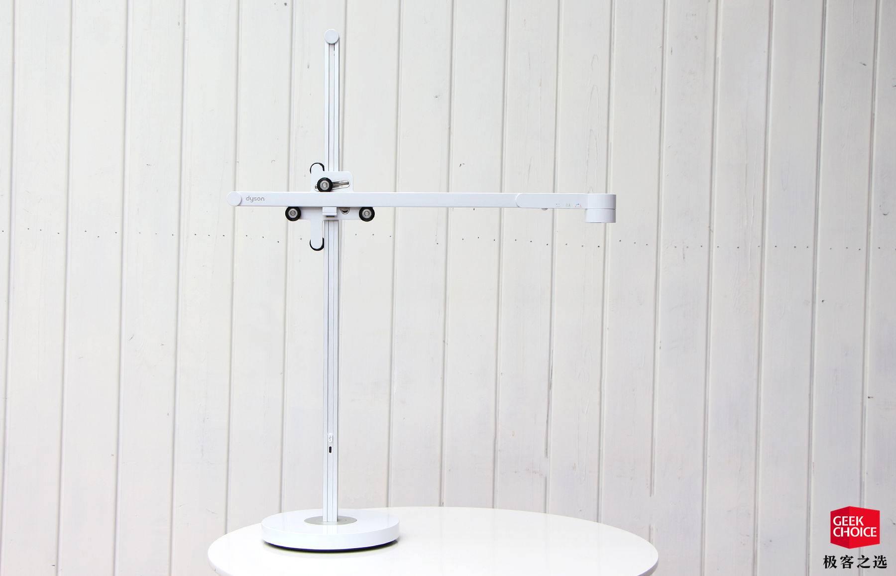 戴森Lightcycle台灯体验:4000块物有所值