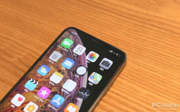 2018年度旗舰手机对比评测:最强旗舰是它?