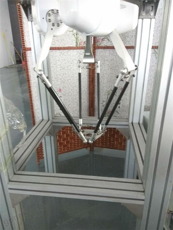 正运动EtherCAT总线控制器在并联机械手上的应用