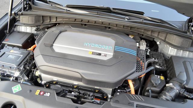 续航长加氢快,氢燃料汽车正在羞辱纯电车,能否成为车企新宠儿?