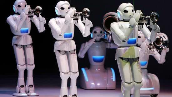 丰田机器人或2年内走进医院养老院 能收拾房屋送餐
