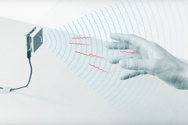 谷歌获批部署动作感应设备Soli传感器 为语言、行动有障碍人士提供便利