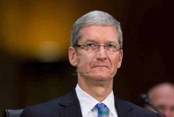 泡沫过后,看谁在裸泳,苹果的流年不利?
