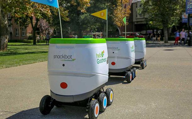 百事可乐在美国大学推自动驾驶零食车
