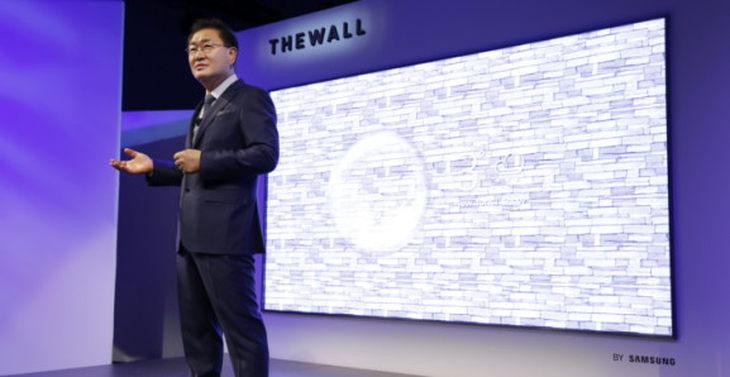 没有最大只有更大 三星CES展示加大版219英寸The Wall