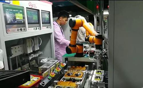 遨博协作机器人被IDC授予国际数据公司创新者称号