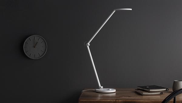 米家台灯Pro发布:无级调节/多种语音控制