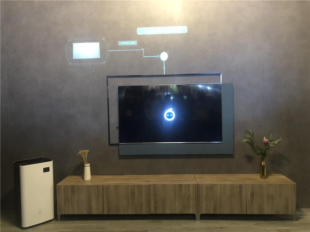 """亲访TCL CES展台:除了电视""""黑科技"""",这波新品同样吸睛"""