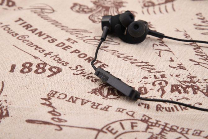 年轻人的第一副潮品耳机 爱奇艺Verb耳机评测