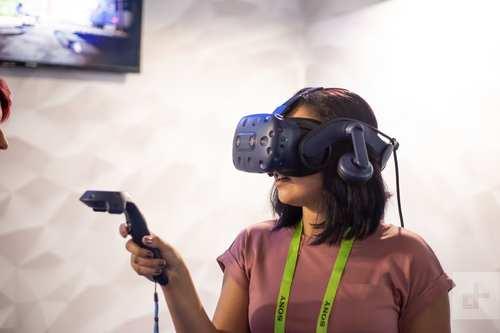 CES 2019:HTC推出两款虚拟现实头戴设备 可大幅提升用户体验
