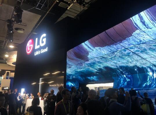 CES黑科技现场体验:三星、索尼、LG都带来啥新奇玩意?