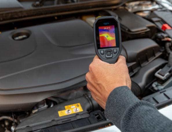 FLIR在CES上展示热成像摄像头及自动驾驶测试车辆
