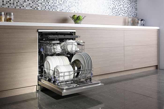 冬季就是洗碗机市场的春天,选购洗碗机的指北攻略在此