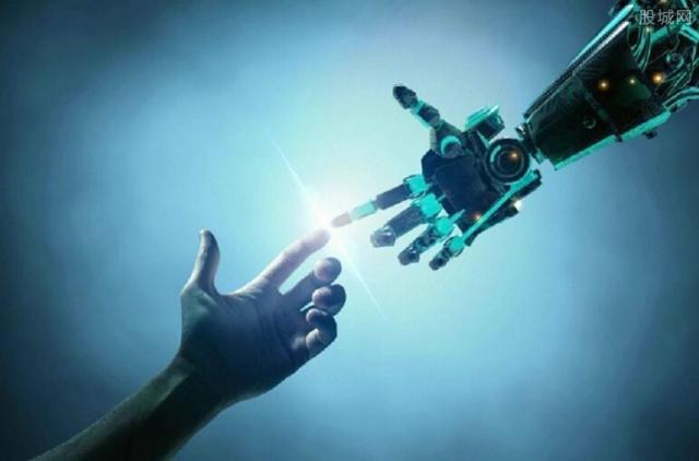 全球最大塔机智能工厂开园 拥有100多台工业机器人