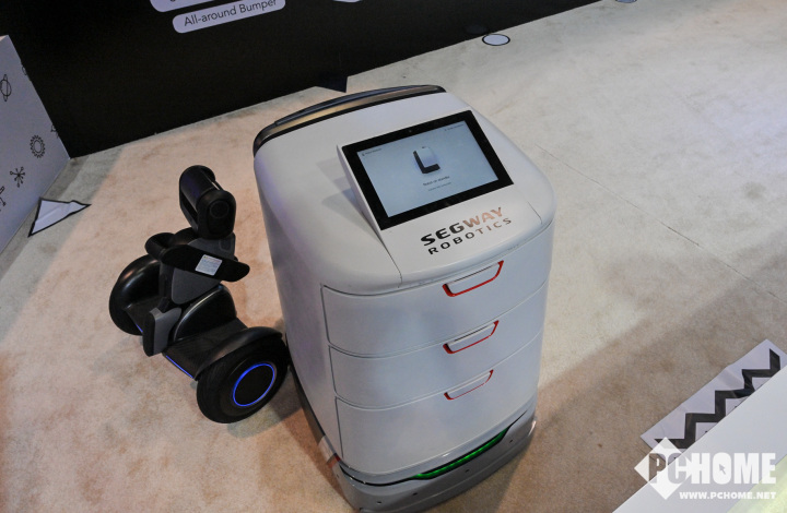 Segway-Ninebot自动送货机器人亮相