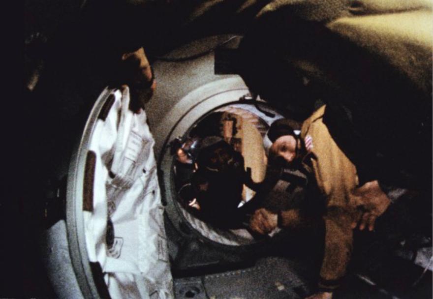 太空竞赛战火重燃,人类的共有地该何去何从?