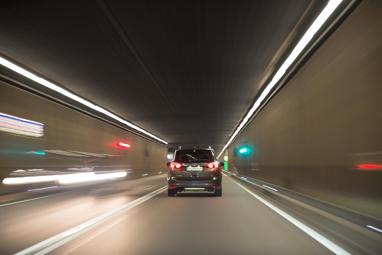 汽车IoT大势所趋,但这会是引发汽车销量又一春的巴别塔吗?