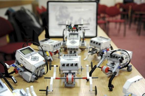 编程启蒙机器人,真玩偶还是真故事?
