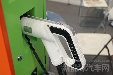 纯电动不会退出,2025年迎来性价比突破