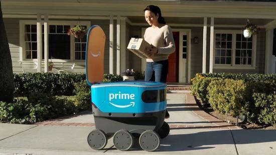 亚马逊测试送货机器人Scout 自动送货上门