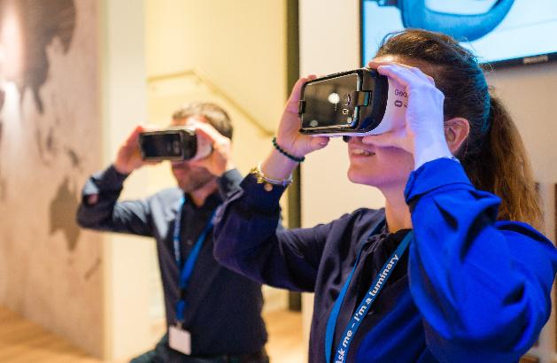 借助虚拟现实(VR)技术,昕诺飞为客户提供可视化照明体验