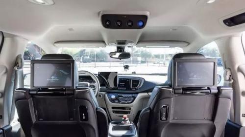 无人驾驶车体验者说:点赞Waymo,但还有不少安全缺陷