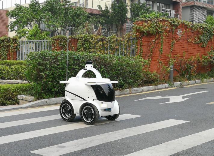 优地科技顾震江:配送机器人 解决快递即时送达的痛点